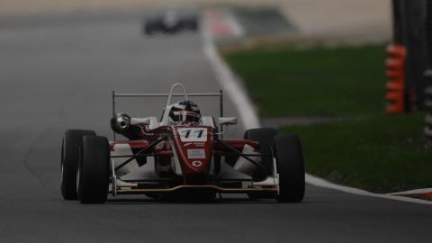 Testanalyse Italiaanse F3 op Vallelunga